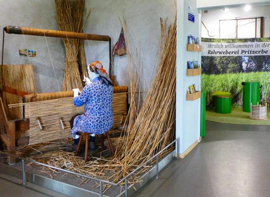 Rohrweberei Pritzerbe - im Museum