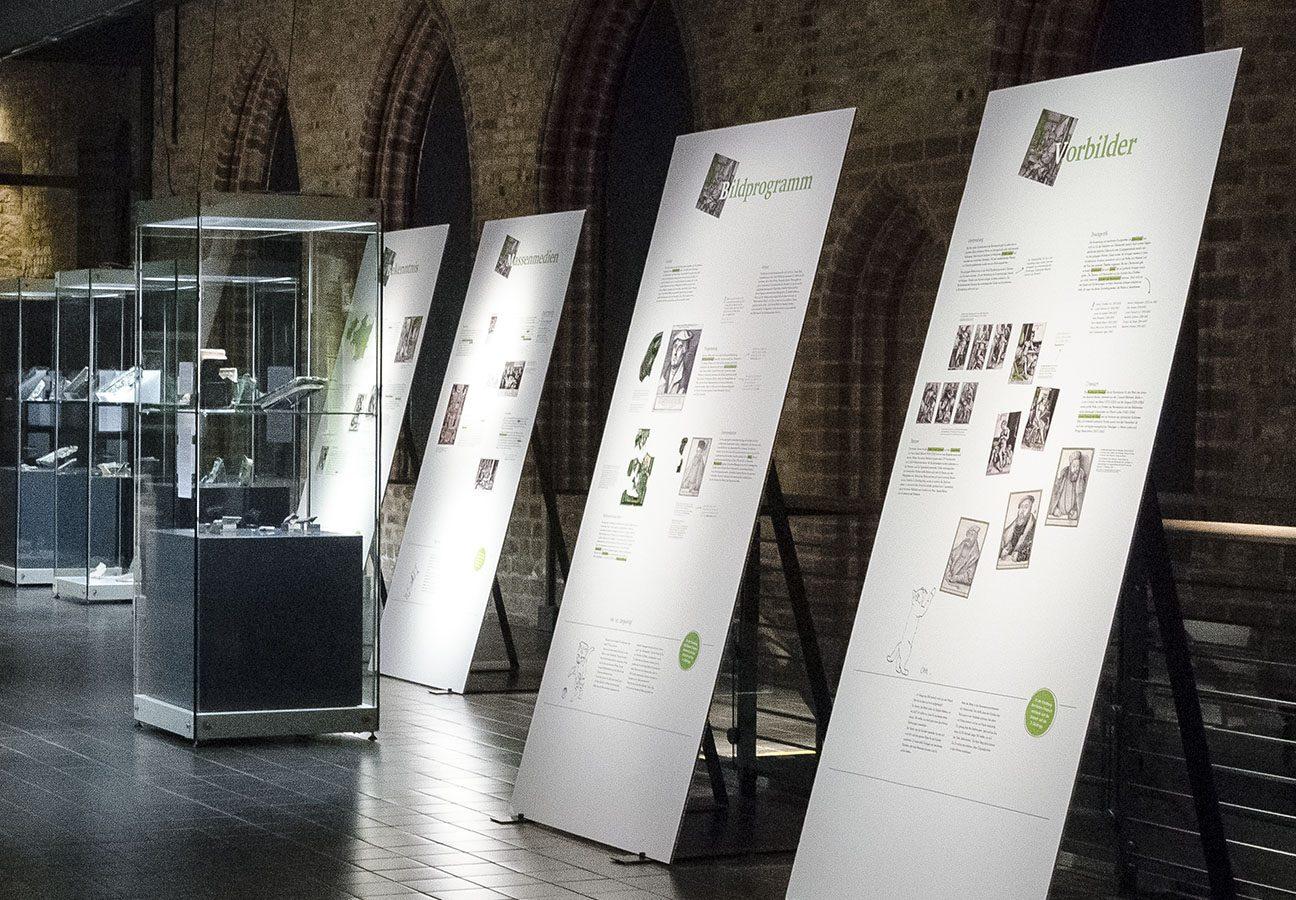 Blick durch die Ausstellung